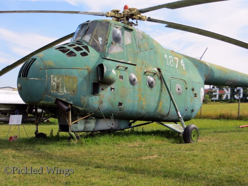 File:Mil Mi-4 Luftwaffemuseum Berlin.JPG - Wikimedia Commons